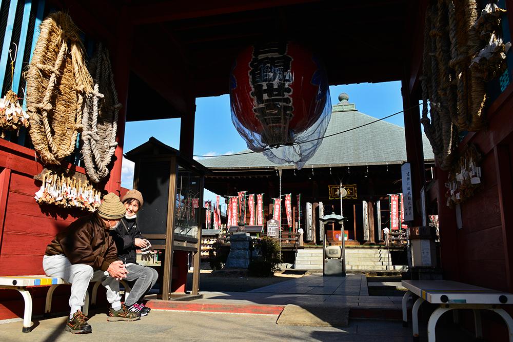 金目川と観音堂